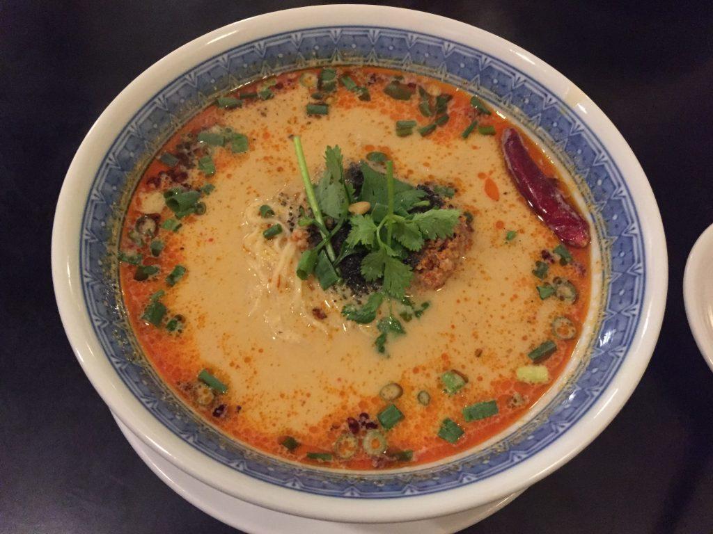 大塚中華料理小閣樓担々麺食養